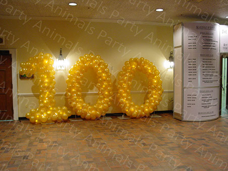 Party Animals 100 Gold Balloon Sculpture